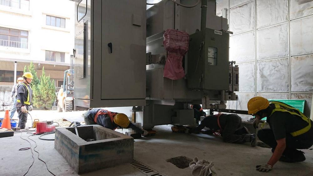超高壓變壓器替換工事